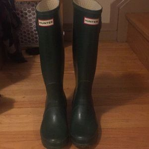 Hunter classic green rain boots